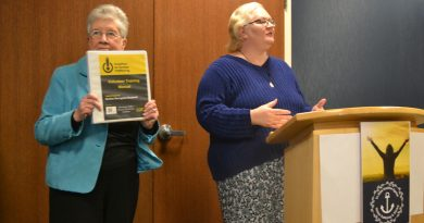 Hotel first in DBQ to complete anti-trafficking training